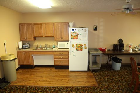 Community Room Kitchen - Seton Square Zanesville - a BRC Properties location