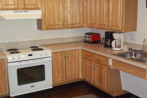 Community Room Kitchen - Seton Square East - a BRC Properties location