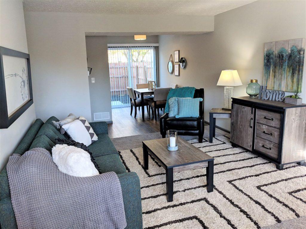 Worthington Meadows Unit Living Room